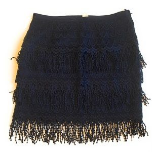 Divided lace fringe skirt, Sz 8, navy blue
